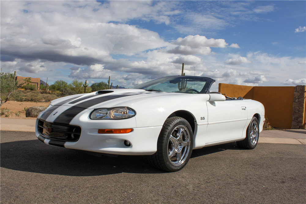 2000 CHEVROLET CAMARO SS CONVERTIBLE - Front 3/4 - 190557