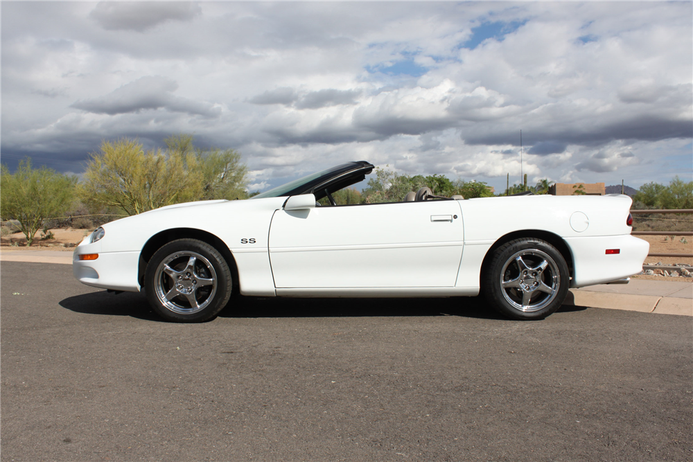 2000 CHEVROLET CAMARO SS CONVERTIBLE - Side Profile - 190557