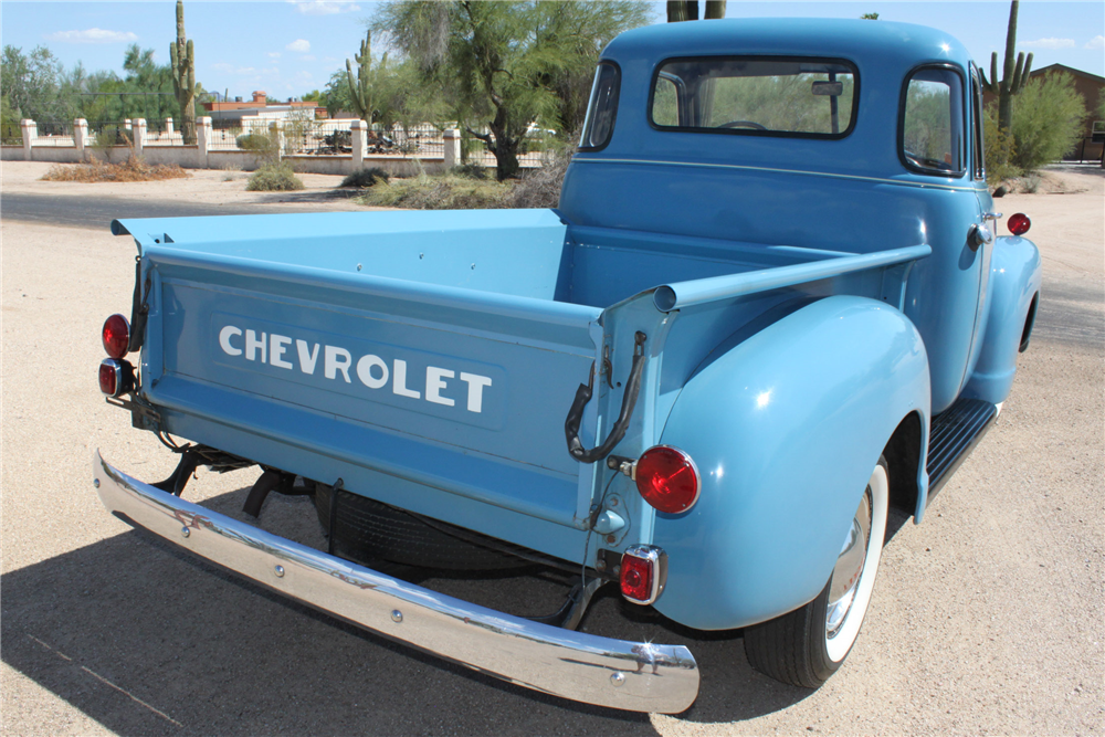 1950 CHEVROLET PICKUP - Rear 3/4 - 190559