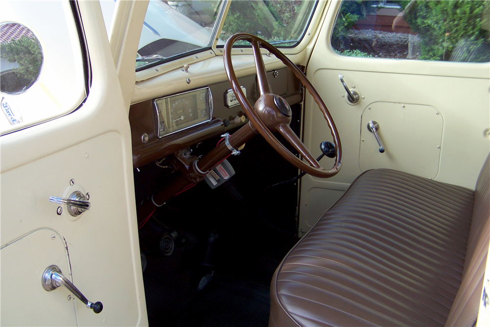 1941 FORD PICKUP - Interior - 190567
