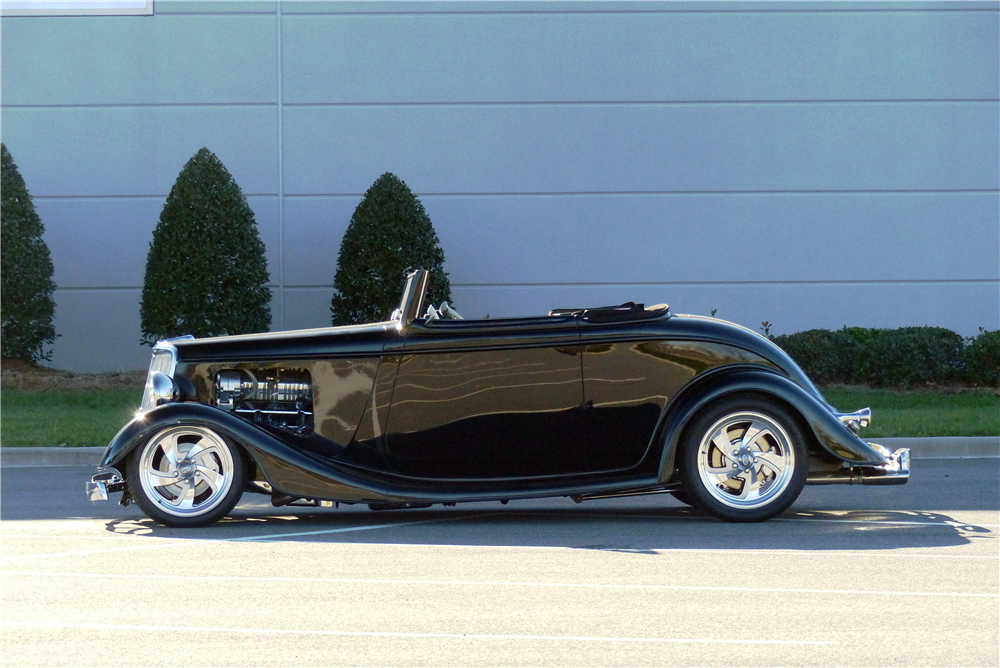 1934 FORD CUSTOM ROADSTER - Side Profile - 190595