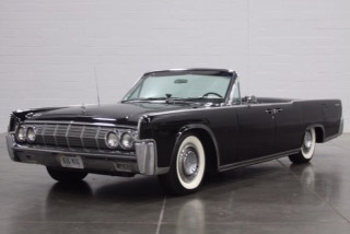 1964 LINCOLN CONTINENTAL 4-DOOR CONVERTIBLE - Front 3/4 - 190635