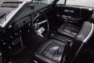 1964 LINCOLN CONTINENTAL 4-DOOR CONVERTIBLE - Interior - 190635