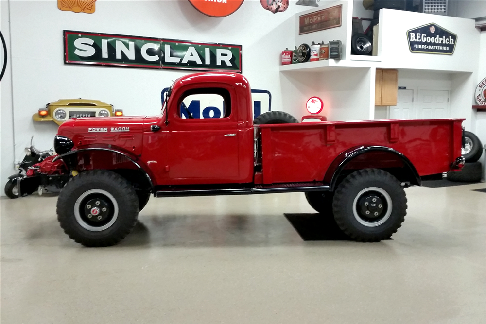 1946 DODGE POWER WAGON  - Side Profile - 190640