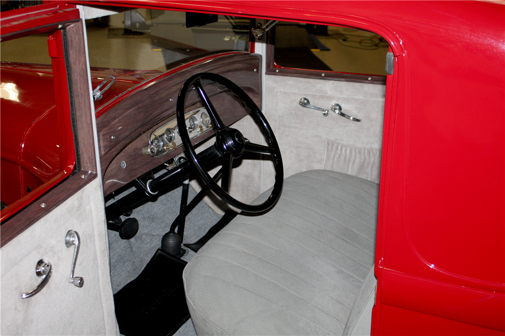 1932 PLYMOUTH PA COUPE - Interior - 190641
