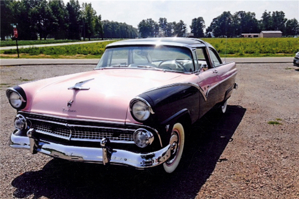 1955 ford crown victoria skyliner front 3 4 190958. Cars Review. Best American Auto & Cars Review