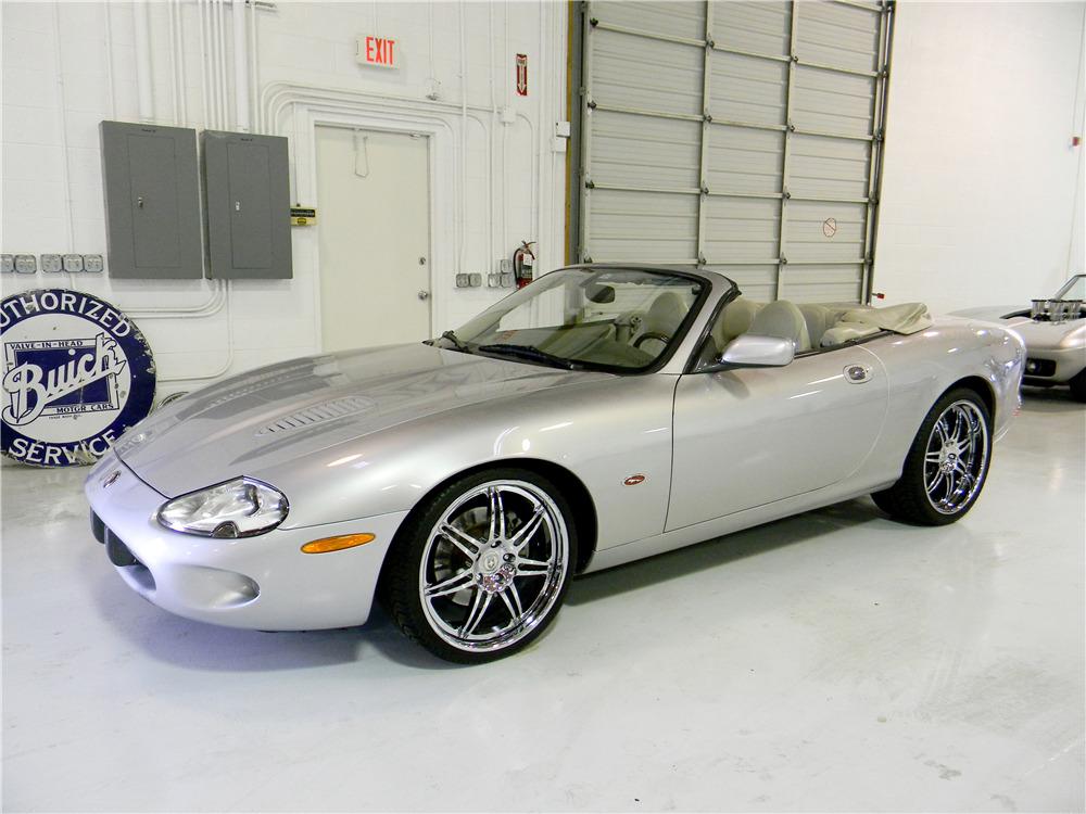 2000 jaguar xkr convertible 190959. Black Bedroom Furniture Sets. Home Design Ideas