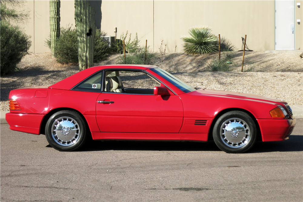 1992 MERCEDES-BENZ SL500 CONVERTIBLE - Side Profile - 190960
