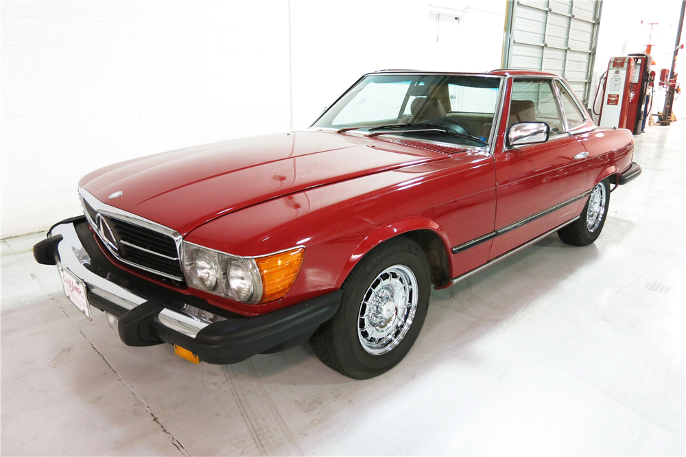 1985 MERCEDES-BENZ 380SL ROADSTER - Front 3/4 - 190961