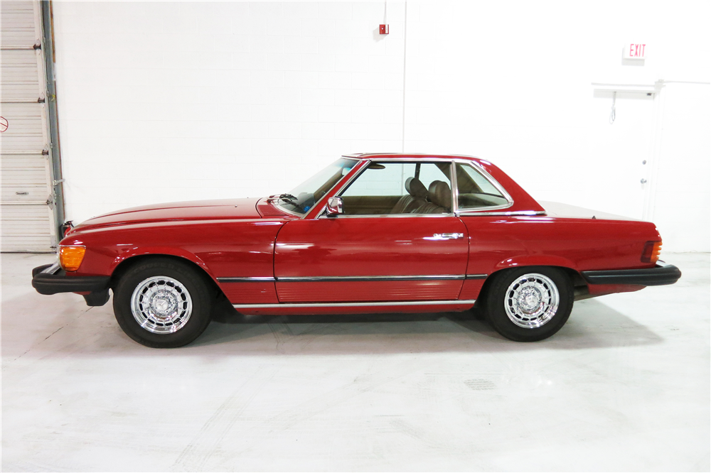 1985 MERCEDES-BENZ 380SL ROADSTER - Side Profile - 190961