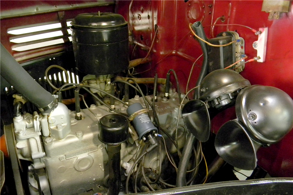 1947 DODGE PICKUP - Engine - 190981