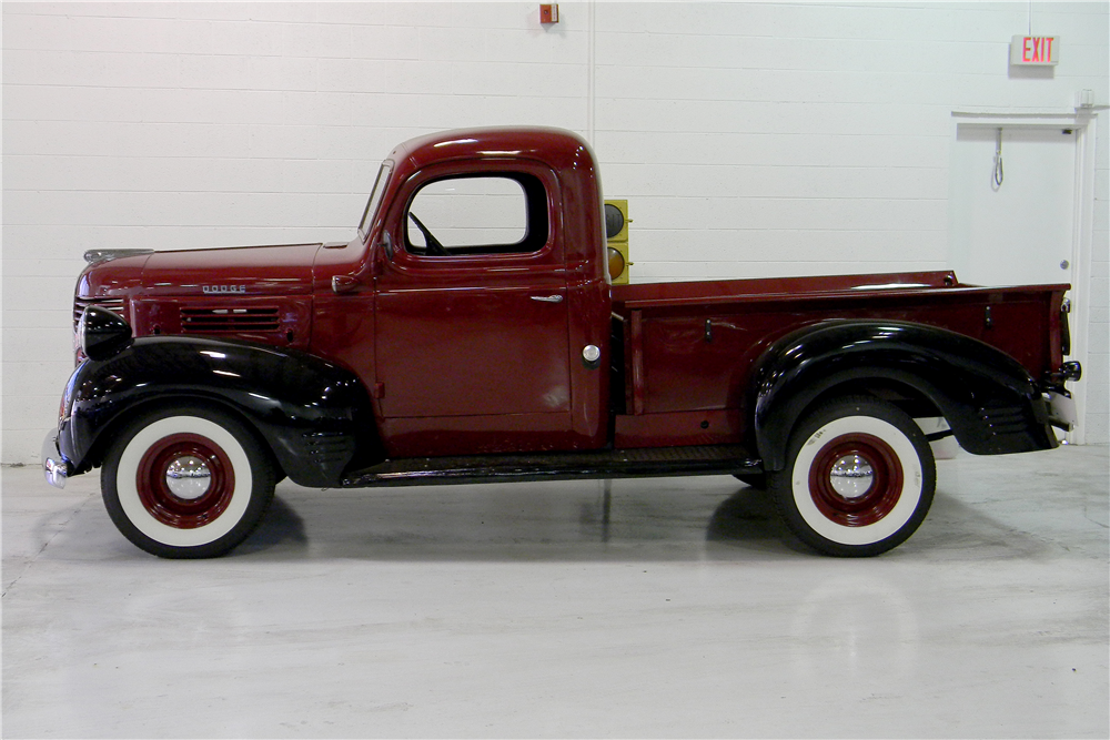 1947 DODGE PICKUP - Side Profile - 190981