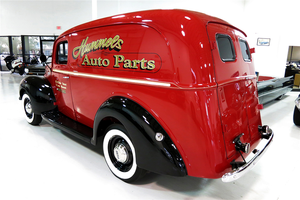 1941 FORD PANEL TRUCK - Rear 3/4 - 190984