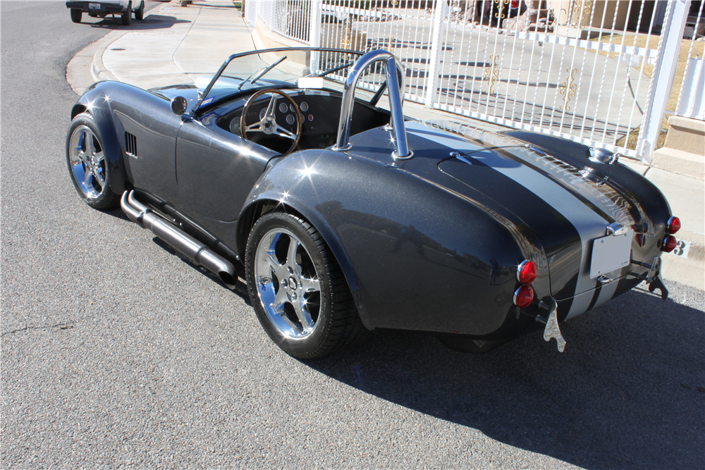 1965 SHELBY COBRA ROADSTER RE-CREATION - Rear 3/4 - 190985