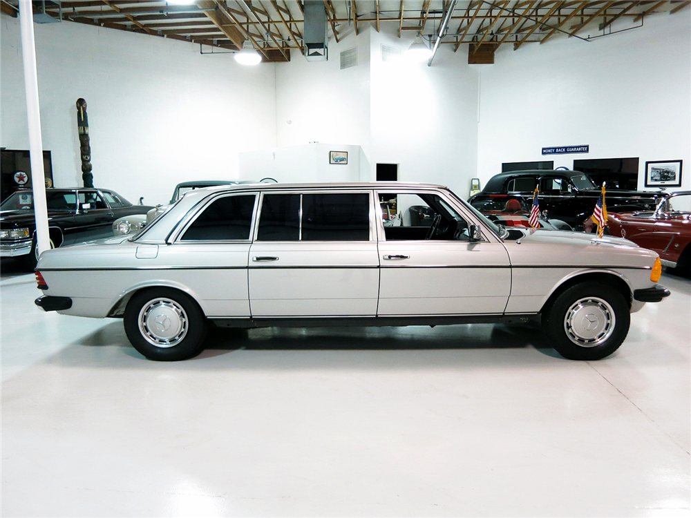 1984 MERCEDES-BENZ 300D LIMOUSINE - Side Profile - 190991