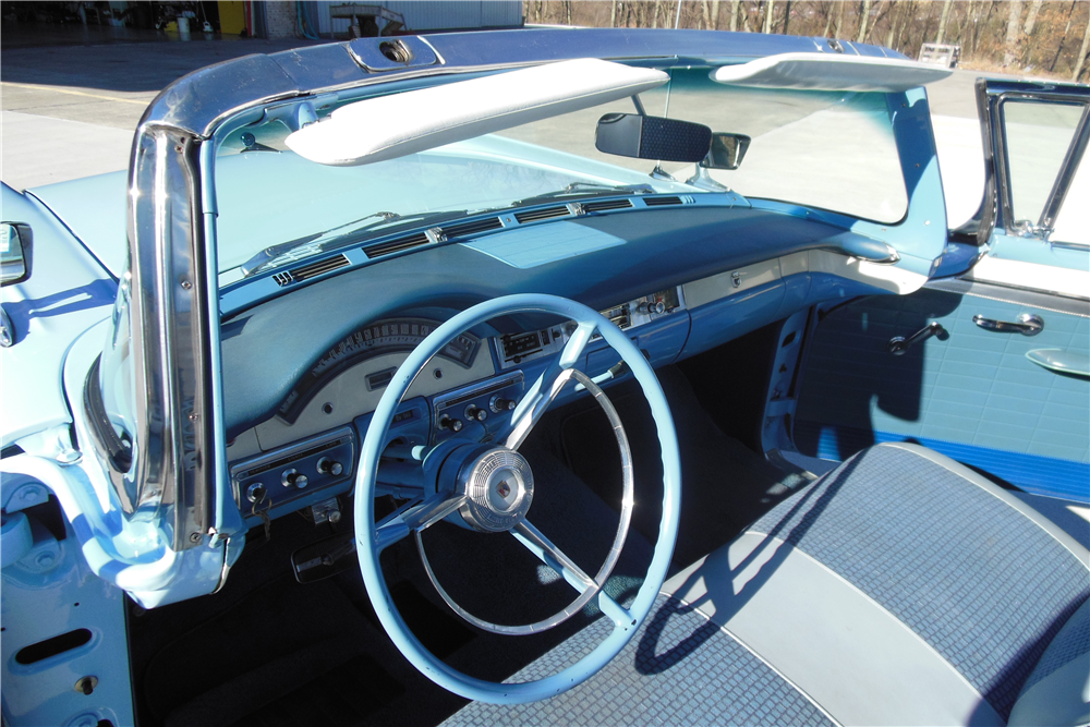 1957 FORD SKYLINER RETRACTABLE HARDTOP - Interior - 191064