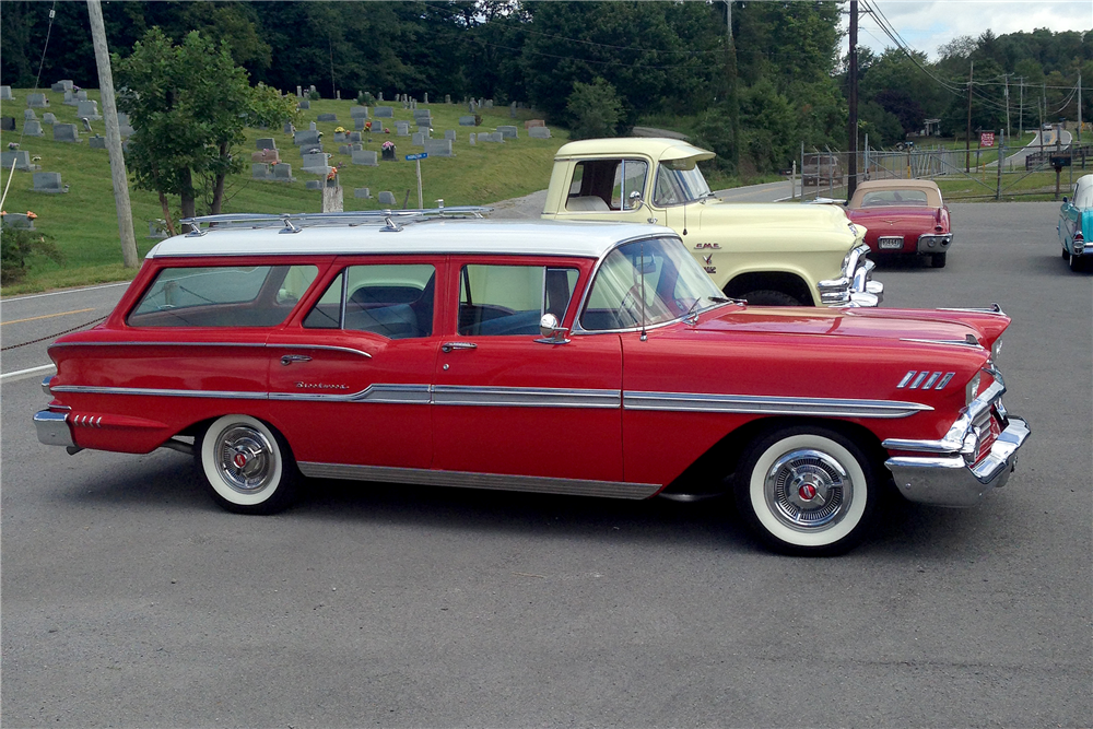 1958 CHEVROLET BROOKWOOD CUSTOM STATION WAGON - Front 3/4 - 191067