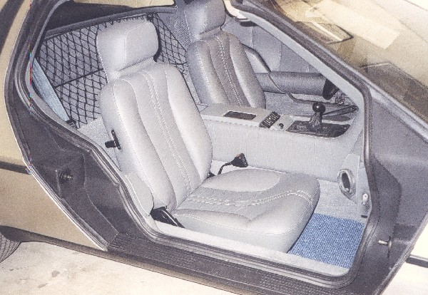 1981 DELOREAN GULLWING COUPE - Interior - 19108