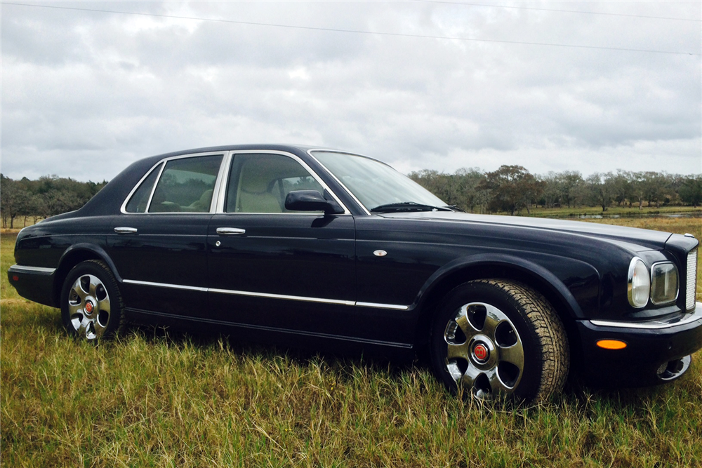 2000 BENTLEY ARNAGE RED LABEL TURBO 4-DOOR SEDAN - Side Profile - 191204
