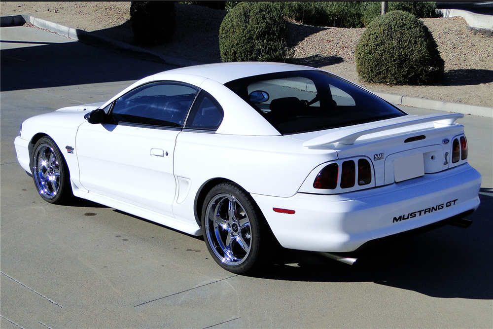 1996 FORD MUSTANG GT - Rear 3/4 - 191215