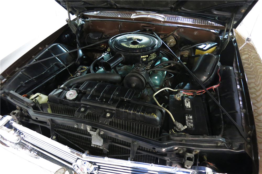1961 BUICK ELECTRA  - Engine - 191216
