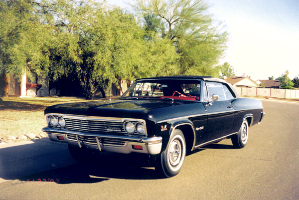 1966 CHEVROLET IMPALA SS CONVERTIBLE - Front 3/4 - 19123