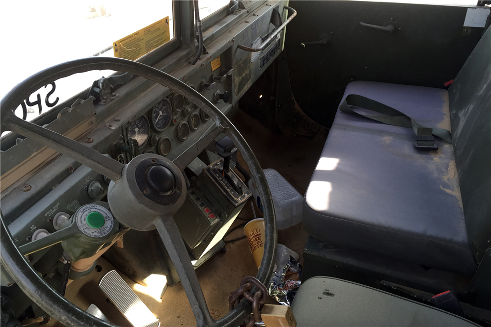 1990 BMY HASCO M923A2 TACTICAL CARGO TRUCK - Interior - 191287