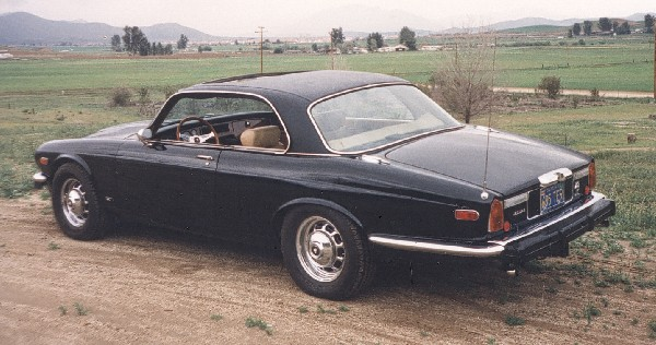 1975 JAGUAR COUPE - Rear 3/4 - 19138