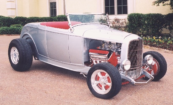 1932 FORD HI-BOY ROADSTER - Side Profile - 19141