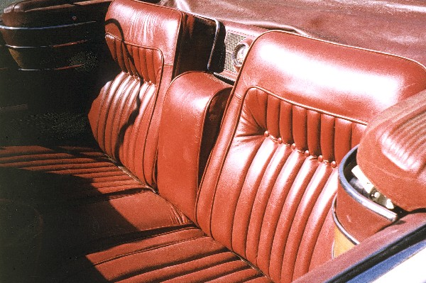 1965 CHRYSLER CROWN IMPERIAL CONVERTIBLE - Interior - 19155