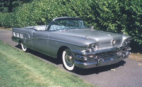1958 BUICK CONVERTIBLE - Front 3/4 - 19168