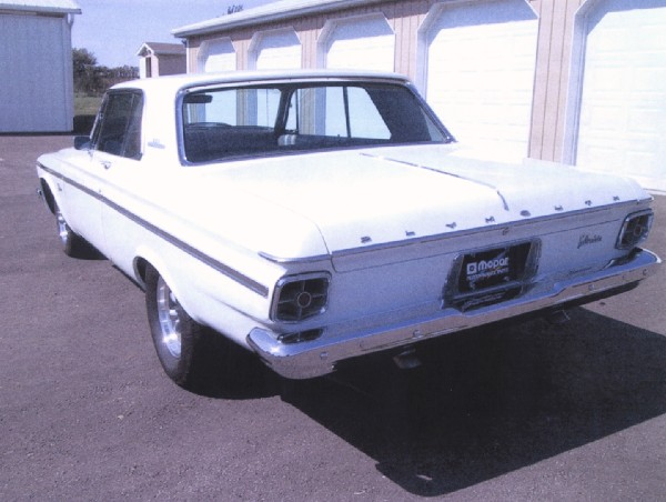 1963 PLYMOUTH BELVEDERE 2 DOOR HARDTOP - Rear 3/4 - 19182