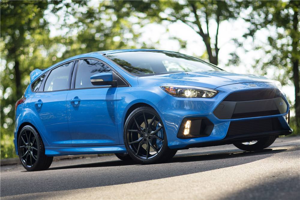 2016 FORD FOCUS RS  - Front 3/4 - 191862