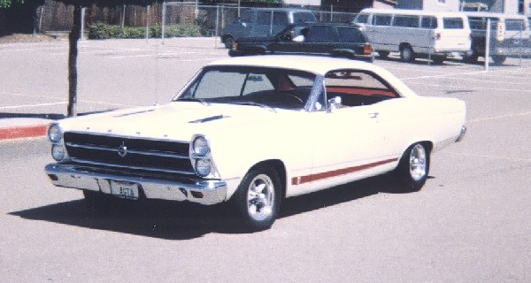 1966 FORD FAIRLANE GTA 2 DOOR HARDTOP - Front 3/4 - 19199