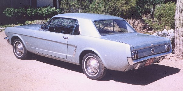 1965 FORD MUSTANG 2 DOOR HARDTOP - Rear 3/4 - 19240