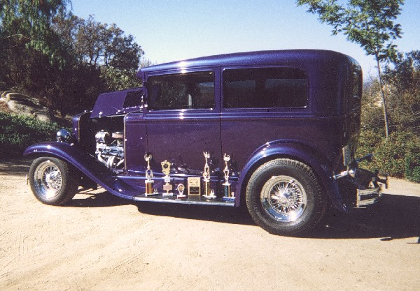 1929 CHEVROLET STREET ROD 2 DOOR COACH - Interior - 19270