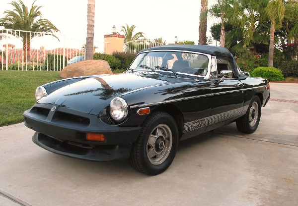 1979 MGB LIMITED EDITION - Front 3/4 - 19273
