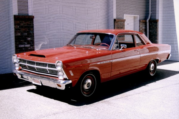 """1967 FORD FAIRLANE 427 """"R"""" CODE COUPE - Front 3/4 - 19286"""