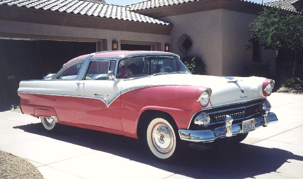 1955 FORD FAIRLANE CROWN VICTORIA COUPE - Front 3/4 - 19293