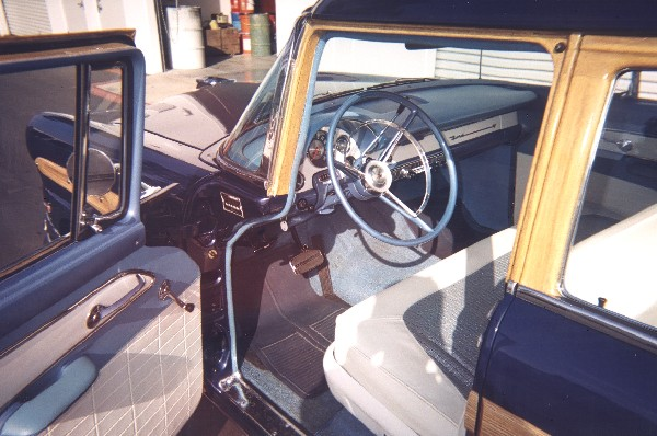 1956 FORD COUNTRY SQUIRE STATION WAGON - Interior - 19316