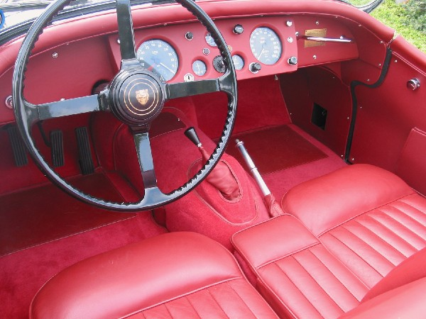 1956 JAGUAR XK 140 MC ROADSTER - Interior - 19358