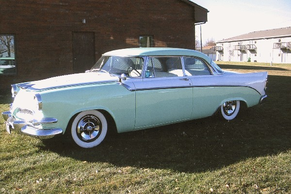 1955 DODGE CORONET COUPE - Front 3/4 - 19385