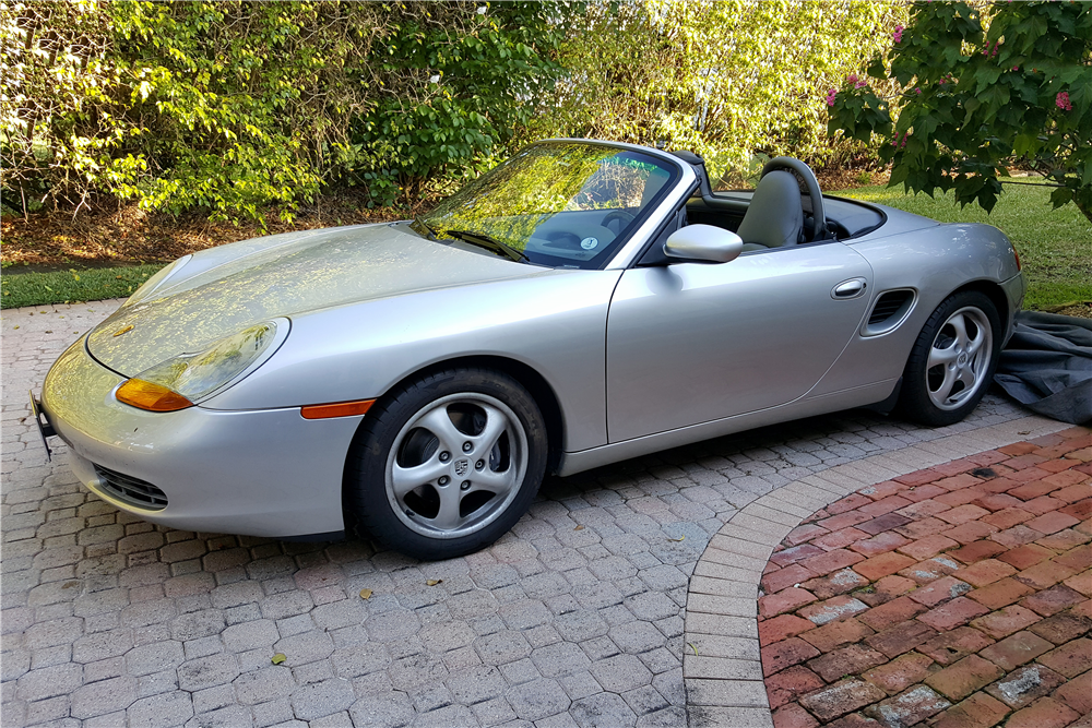 1999 porsche boxster convertible 193966. Black Bedroom Furniture Sets. Home Design Ideas