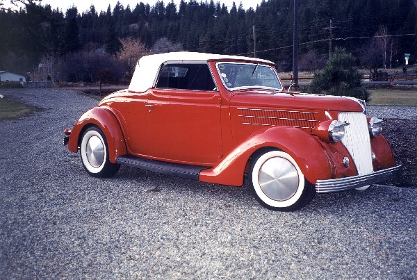 1936 FORD DELUXE CABRIOLET HOT ROD - Front 3/4 - 19400
