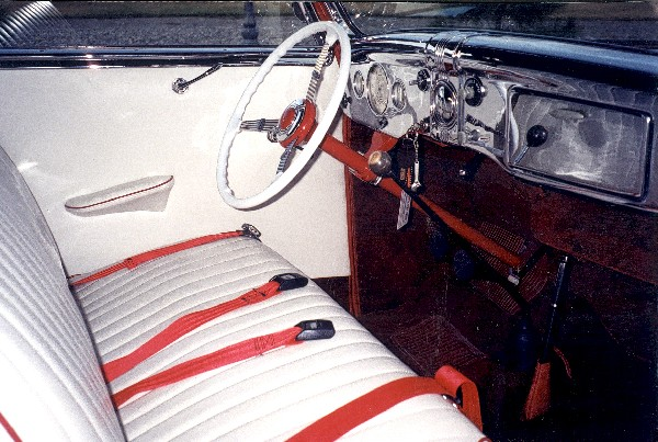 1936 FORD DELUXE CABRIOLET HOT ROD - Interior - 19400