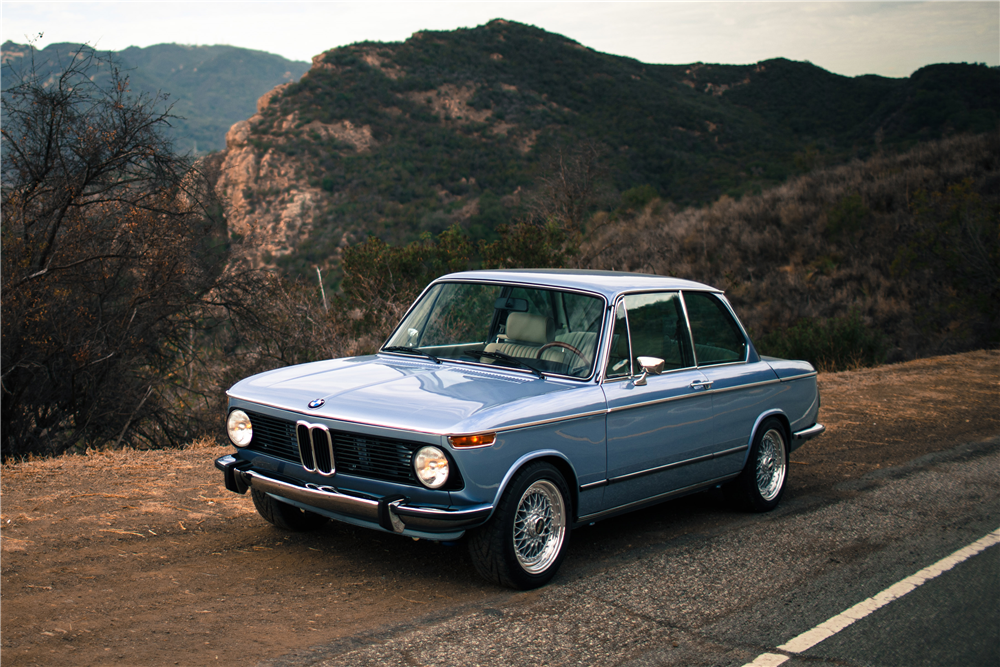 1974 BMW 2002 - Front 3/4 - 194029