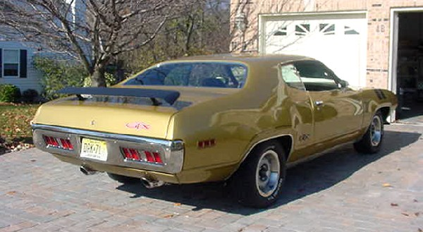 1971 PLYMOUTH GTX 440 SIX PACK HARDTOP - Rear 3/4 - 19438
