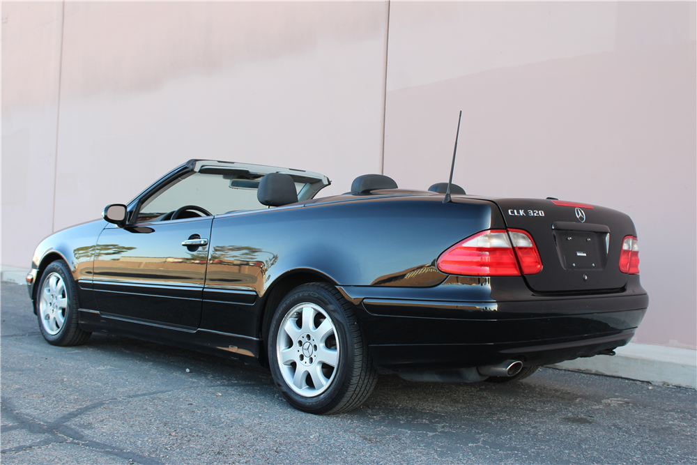 2003 mercedes benz clk 320 convertible 194457. Black Bedroom Furniture Sets. Home Design Ideas