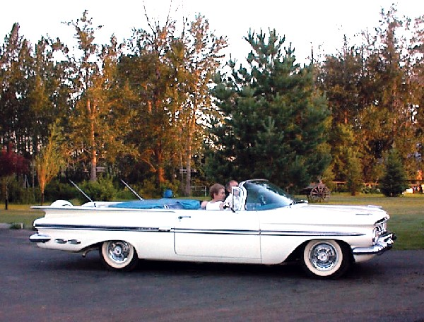 1959 CHEVROLET IMPALA CONVERTIBLE - Front 3/4 - 19472