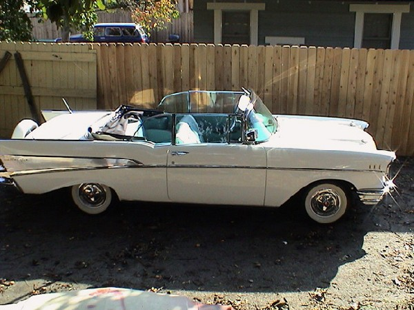 1957 CHEVROLET BEL AIR CONVERTIBLE - Side Profile - 19486